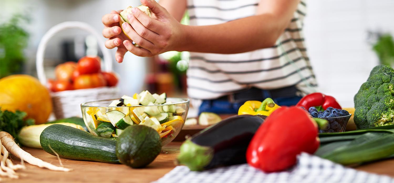 cukkini,padlizsán,zöldségpucolás